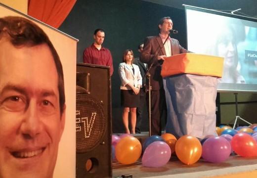 El oficialismo presentó su lista de pre-candidatos a concejal.