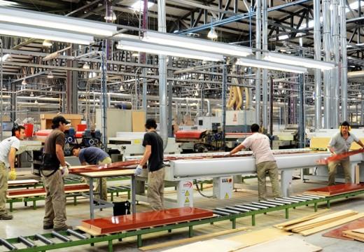 Importación de muebles amenaza 3 mil empleos directos en Cañada de Gómez.