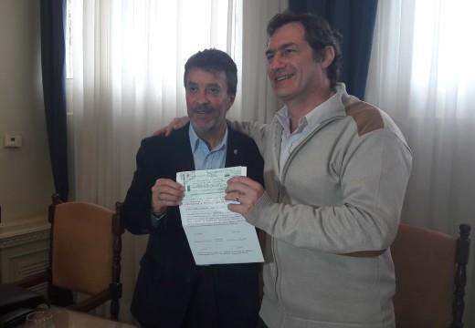 El intendente Dr. Pablo Verdecchia recibió el anticipo de Obras Menores 2016.