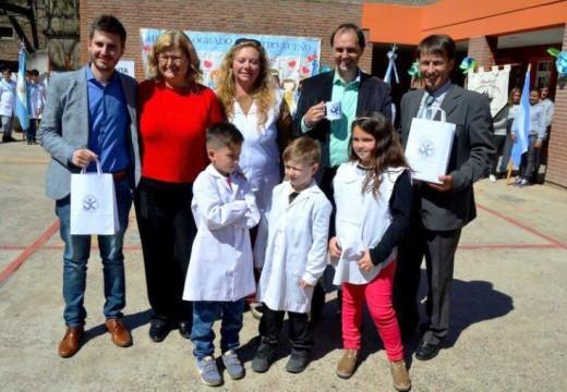 Inauguración de obras en dos escuelas de Correa.