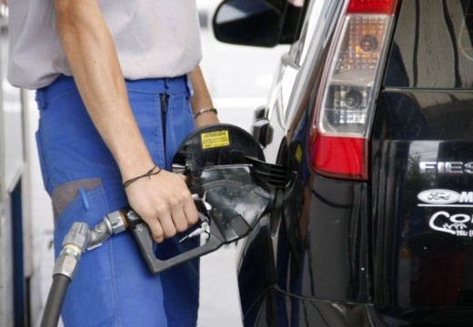 Desde el 1° de octubre se liberan el precio de los combustibles.