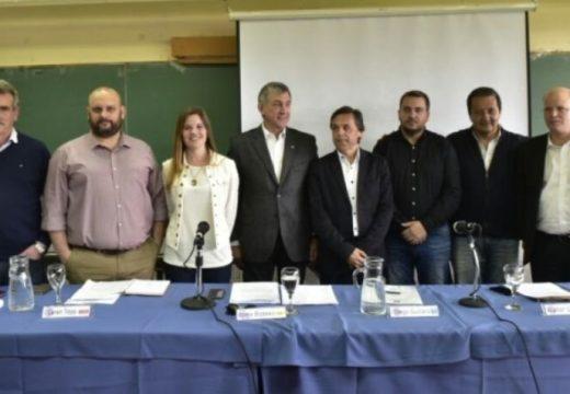 Candidatos a diputado nacional por Santa Fe debatieron en la UNR.