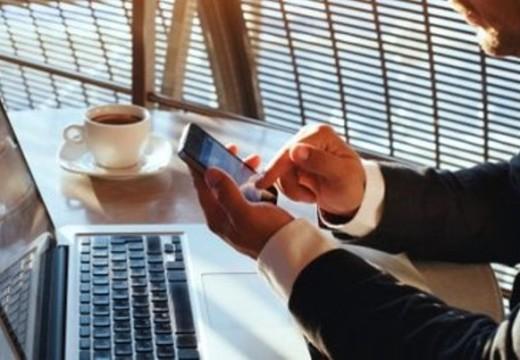 La seguridad de las redes Wifi y las contraseñas están amenazadas, afirman expertos.