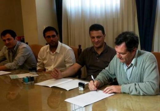 El intendente Dr. Pablo Verdecchia hizo entrega de Fondo Rotatorio.