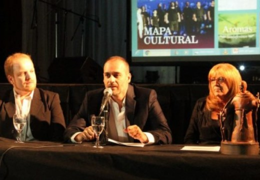 """Santa Fe: se realiza este lunes 4 la """"Fiesta de los Pueblos 2017""""."""