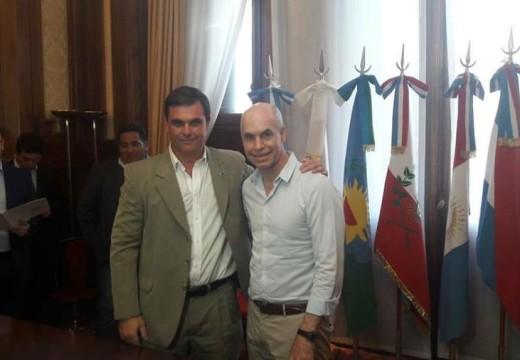 El Intendente Meyer firmó un acuerdo con Rodríguez Larreta.