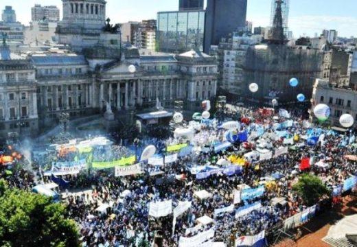 La CGT parará el lunes contra la reforma y en Rosario habrá protestas y cortes.