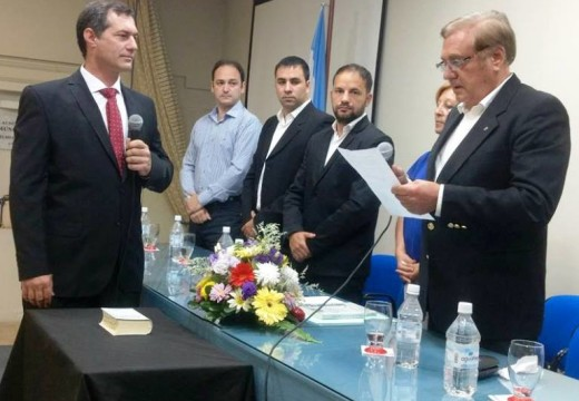 Pablo Verdecchia reasumió y tomó juramento a su nuevo gabinete.
