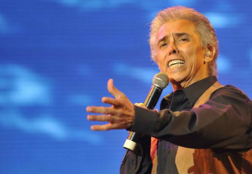 El cantante Jairo se lució en una hermosa noche.