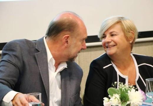 Clerici junto a Perotti y Grandinetti expusieron en mesa de dialogo Santa Fe 2030.