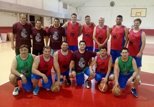 Esteban «Gallo» Perez con los Chanchos Orejudos Team