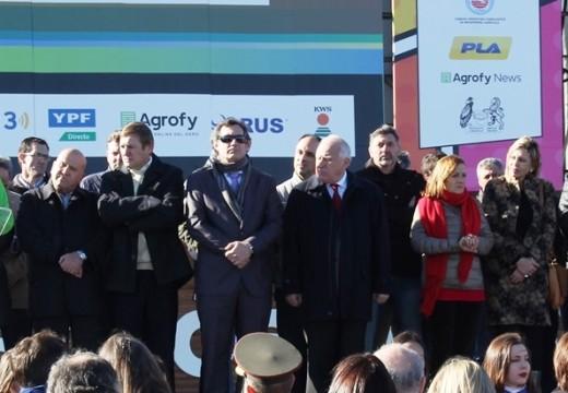 Senadores opositores visitaron a AgroActiva.