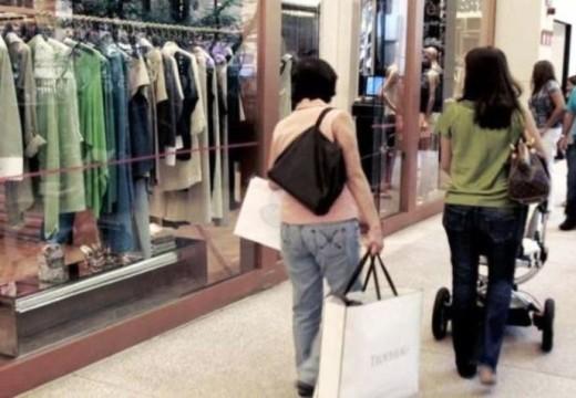 Las ventas minoristas cayeron el 4,8% en mayo.