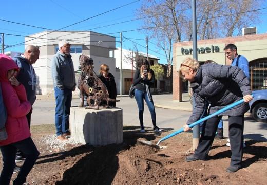 Cañada de Gómez. La despedida de «Botella» el perro comunitario.