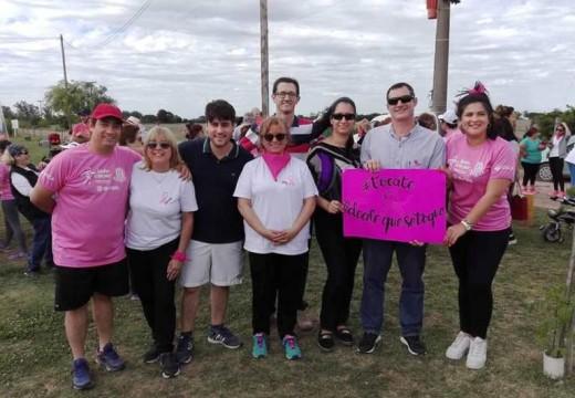 Armstrong. Concienciación sobre la lucha contra el cáncer de mama.