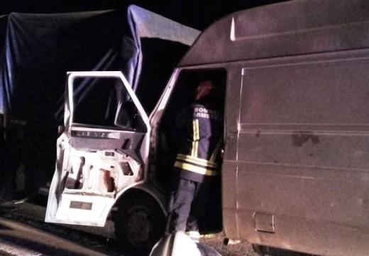 Armstrong. Accidente en AU 9, colisión por alcance en el Km 383.