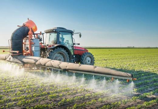 Paren de Fumigarnos pide una nueva ley de regulación de agrotóxicos.