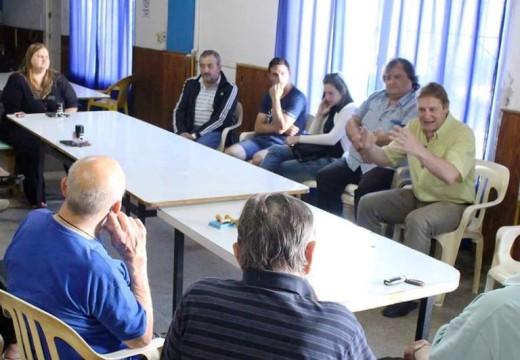 El Senador Cornaglia hizo entrega de aportes institucionales en Las Rosas.