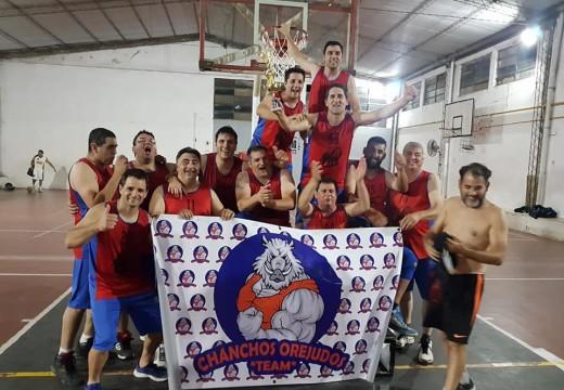 Los Chanchos Orejudos Team y una Sana Costumbre