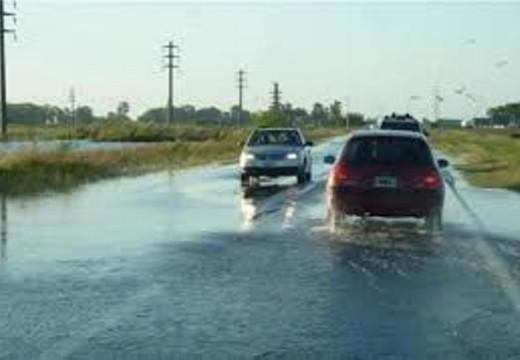 Mal Tiempo. Despiste de vehículos y cortes de rutas.