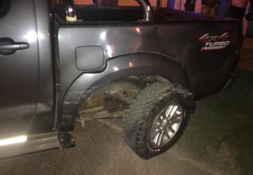 Armstrong. Accidente en calles Bergara y Brasil entre una camioneta y un automóvil.
