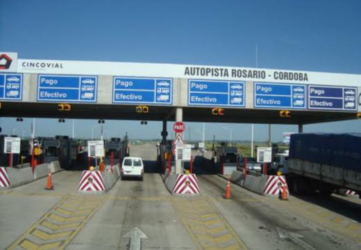 Se negó a pagar el peaje de Carcarañá por el pésimo estado de la autopista.