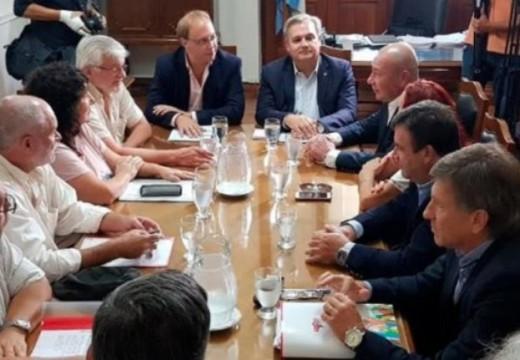 La provincia convocó a los gremios estatales a reunión paritaria.