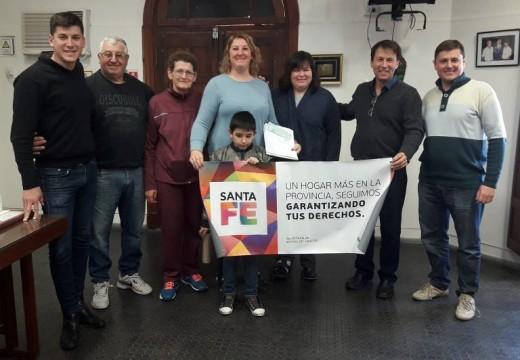 """Correa. Más familias construyen su vivienda bajo el programa """"Lote Propio""""."""