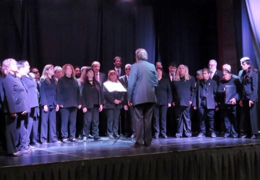 Por gestión de Giaccone inicio su gira el «Coro Nacional de Ciegos».