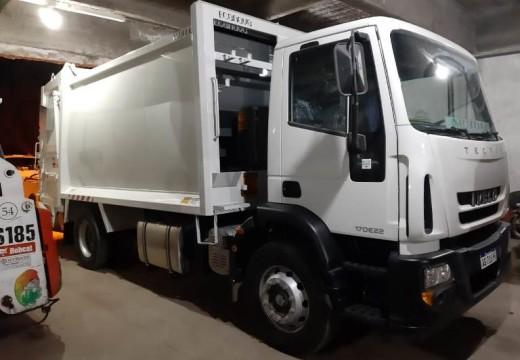 Cañada de Gomez. Municipio presento un nuevo camión compactador.