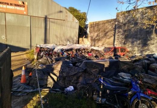 Comunicado sobre  vehículos que se encuentren depositados en el Corralón Municipal.