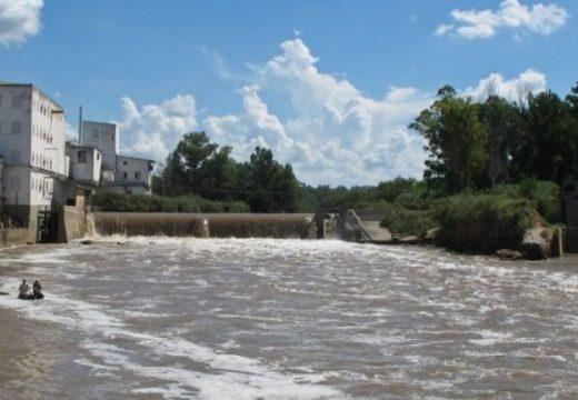 Río Carcarañá. Exigen a la provincia remover represa.