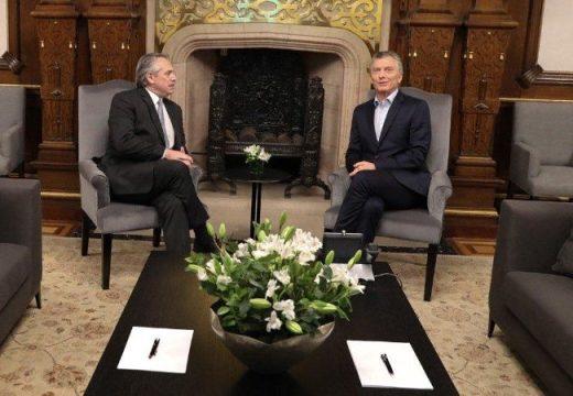"""Macri: """"Mi equipo y yo estamos a disposición para lograr una transición democrática"""""""