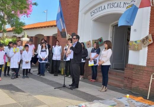 """Escuela N° 262 se sumó al """"Yo me Comprometo""""."""