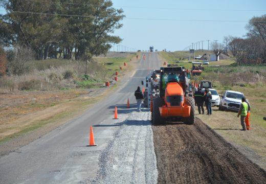 Avanza la rehabilitación de la Ruta 178 a la altura de Armstong