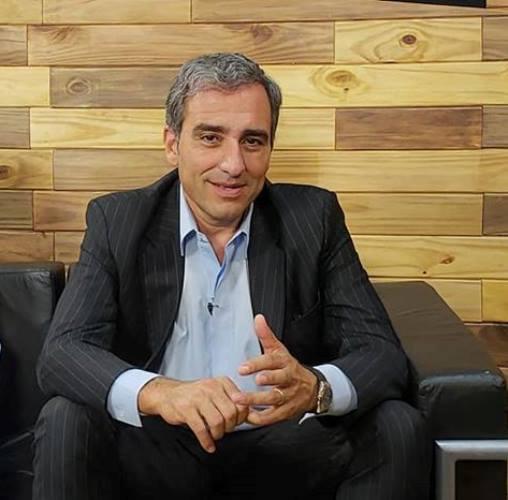 """Oscar """"Cachi"""" Martínez """"Propongo usar la tecnología para ayudar a los comerciantes y cuidar a los vecinos de los aumentos de precios"""""""
