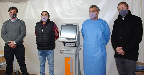 Cornaglia entrego un respirador artificial al hospital de Las Rosas.
