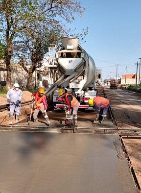 Cañada de Gómez. Municipio continúa pavimento de calle Capdevilla.