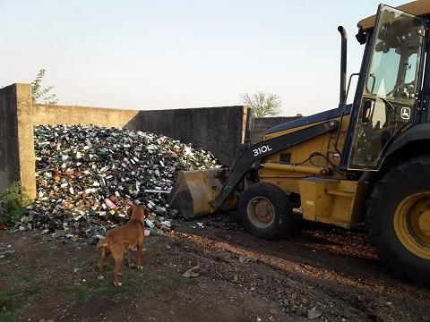 Armstrong. Se entregaron más de 20 toneladas de vidrio.