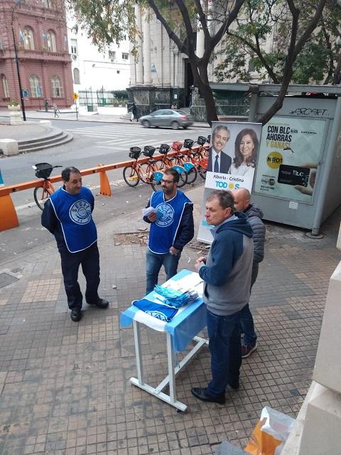 Trabajadores de CORREO entregan 100 Nuevos FREEZER de Vacuna Rusa en Rosario y otras Localidades.