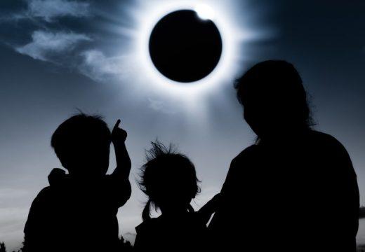 Eclipse solar: El fenómeno será este lunes al mediodía.
