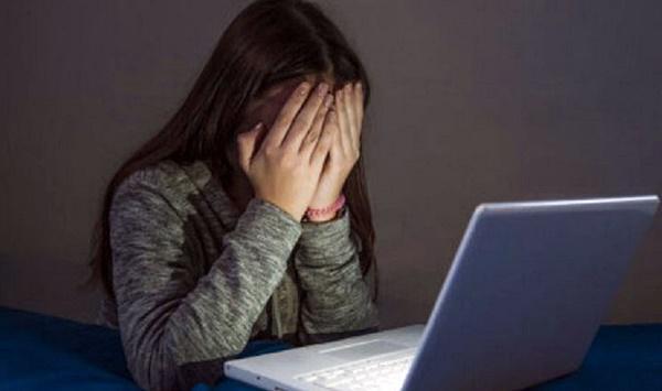 """Fiscal Gabriela Lescano: """"No hay que culpabilizar a los niños por el acceso a la redes""""."""