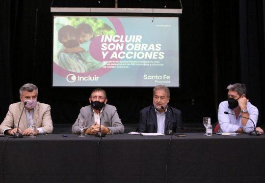 Mirabella en Las Parejas: «Hay obras en ejecución del gno provincial en las 365 localidades de la provincia»