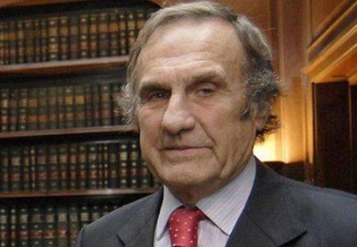 Falleció el exgobernador Carlos Reutemann.